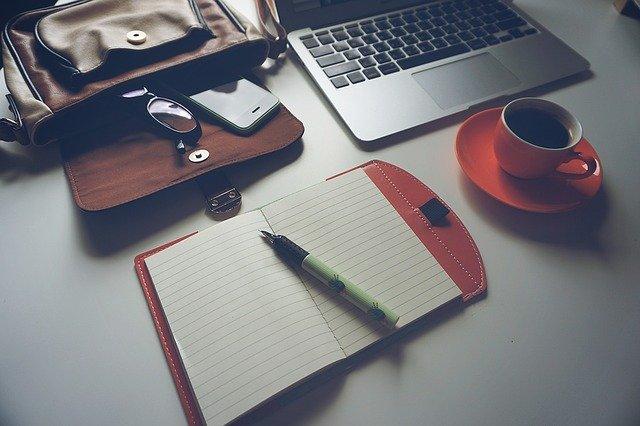 Nowoczesne rozwiązania biurowe, czyli poszukiwanie oszczędności w kosztach stałych