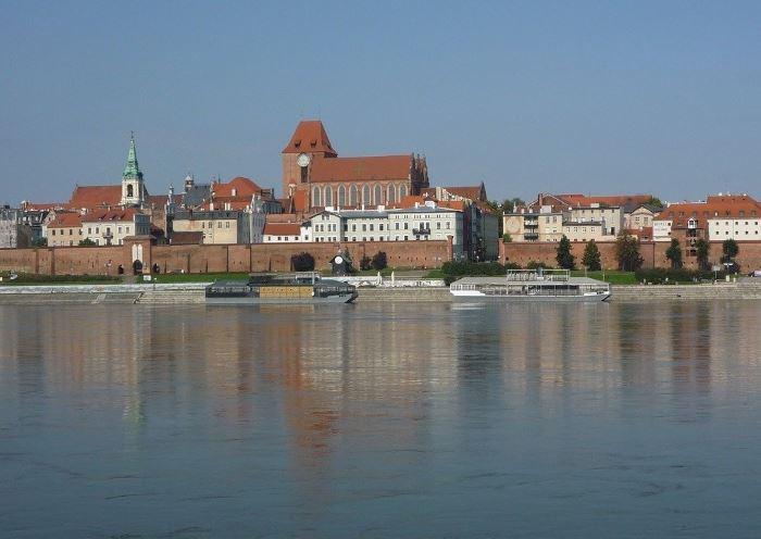 UM Toruń:                     Sport w czerwonej strefie