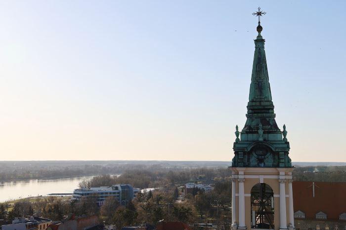 UM Toruń:                     Lambert triumfował w Toruniu