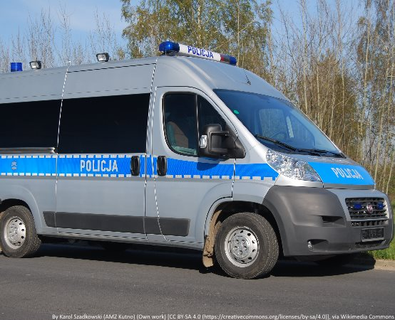 Policja Toruń: Ukradł samochód ze stacji benzynowej